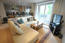 2 bed Apartment for sale in Branagh Court, Tilehurst...