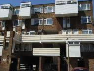 Railway Square Maisonette to rent