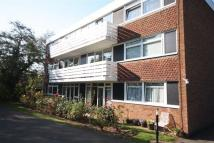 2 bed Apartment to rent in Highland Avenue...