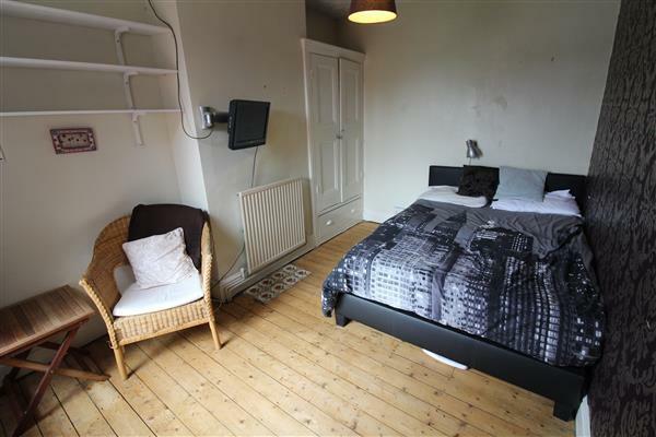 BEDROOM TWO 13' x