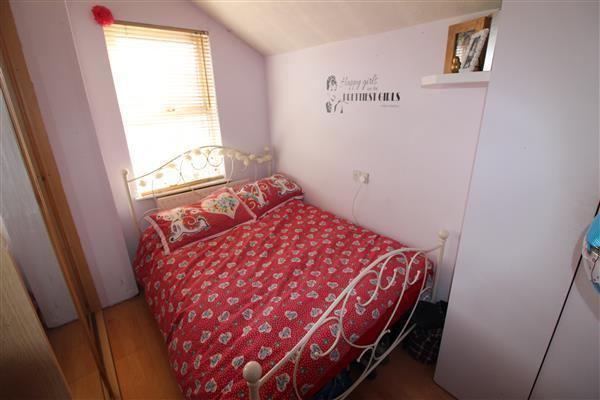 BEDROOM THREE 10'