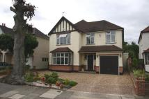 4 bed Detached home in Grosvenor Road...