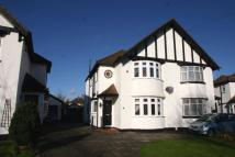 3 bed semi detached home in Crescent Drive...