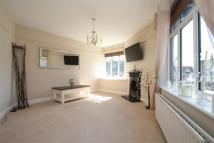 2 bed Flat to rent in Petts Wood Road...