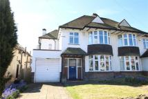 4 bed semi detached house in Kingsway, Petts Wood...