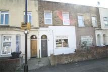 Flat for sale in Forest Gate, Forest Gate