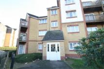 2 bed Flat to rent in Tudor Court...