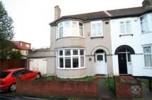3 bed End of Terrace property in Netherfield Gardens...