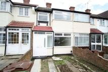 Beam Avenue Terraced house to rent