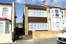 2 bed Terraced home in Neville Road...