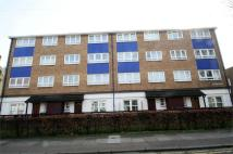 1 bedroom Flat for sale in Gladstone Avenue...
