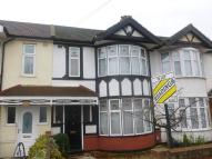 3 bed Terraced property to rent in Suttons Avenue...