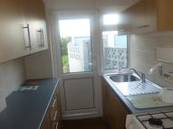3 bed semi detached home to rent in WARREN DRIVE, Hornchurch...