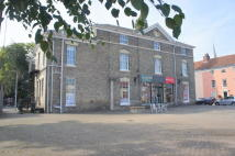 2 bed Flat in Market Place, Hadleigh...