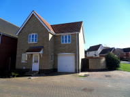 3 bed Detached house in Emmerson Way, Hadleigh...