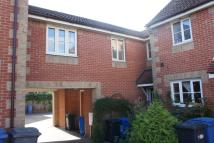 Maisonette to rent in Wilson Road, Hadleigh...