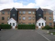Flat to rent in Bell-Reeves Close...