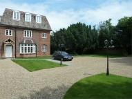Flat to rent in High Road, Fobbing, Essex