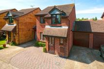 4 bed Link Detached House in The Mead, Leybourne