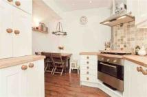 2 bed Apartment in Osborne Road, London