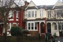 4 bed house in New River Crescent...