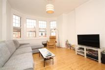 3 bed Flat in Lakeside Road...