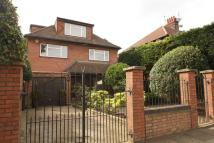 Detached home to rent in Connaught Gardens...