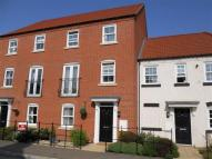 Gleneagles Drive Town House to rent