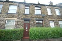 2 bedroom Terraced home to rent in Valley Road, Liversedge...