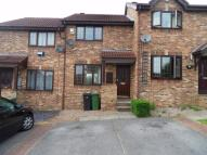 Terraced property to rent in Castle Hill View...