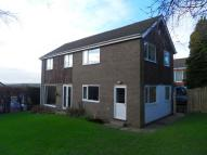 4 bed Detached house in Upper Batley Lane...