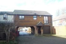 2 bed Flat to rent in Churchwood Drive...