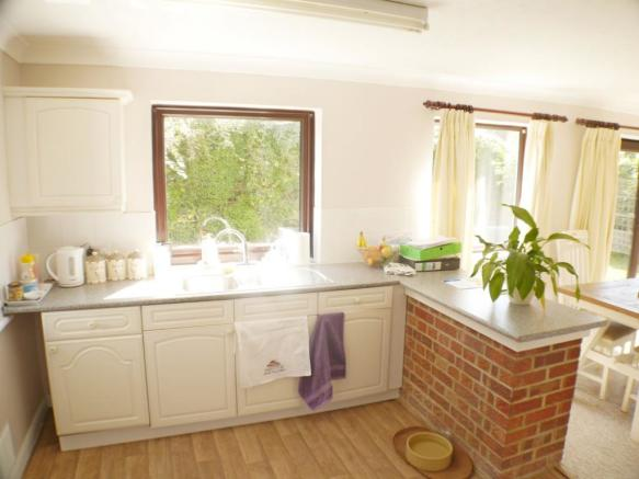 Kitchen House in Mid