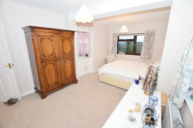 Bedroom 1 House in M
