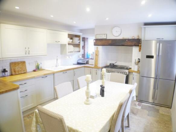 Kitchen Cottage in E
