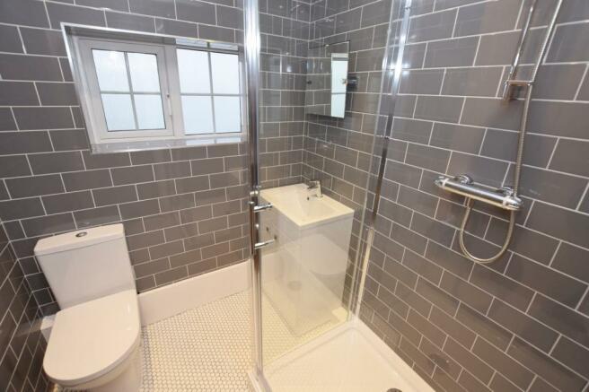 Shower Room Flat in