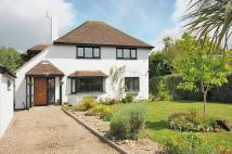 5 bedroom Detached property in West Close...