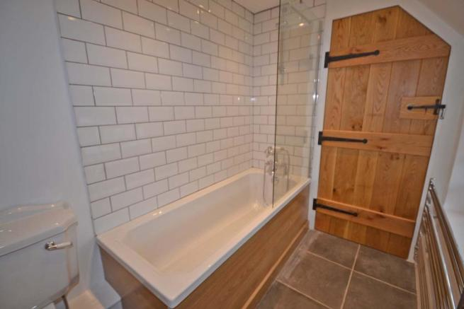Bathroom (other angl