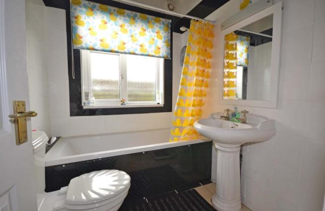 Grd Floor Bathroom