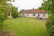 4 bedroom Semi-Detached Bungalow in Oxford Road, Calne, SN11
