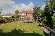 5 bed Detached home in Longleaze...