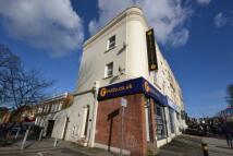 Maisonette to rent in New Cross Road,  London ...