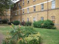 Chiltern Court Avonley Road Flat to rent