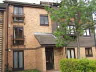 1 bed Flat in Southerngate Way...