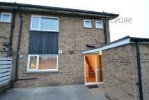 3 bed Flat in Winslow Road, Netherton...