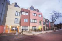 2 bedroom Apartment in Bramley Crescent, Ilford...