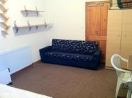 1 bed Studio flat in High Street North...