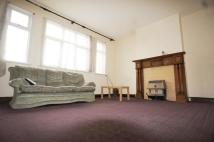 2 bed Flat to rent in Prince Regent Lane...