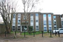 2 bed Flat to rent in Eskdale, London Colney...