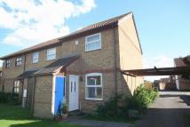 2 bed End of Terrace house in Paddock Close...